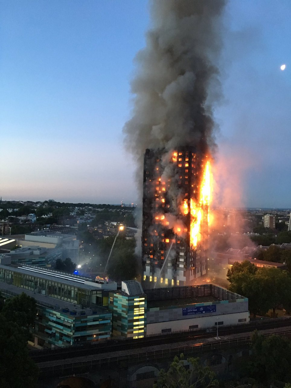 Grenfell Tower fire image via Metro