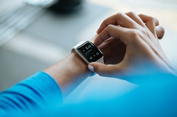 smartwatch-wearable-technology