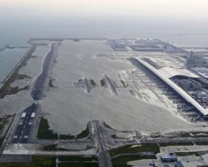 kansai-airport-typhoon-jebi